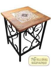 Banquinho madeira e ferro com azulejo