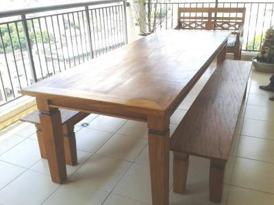 Conjunto de Mesa com 2 bancos 8 lugares